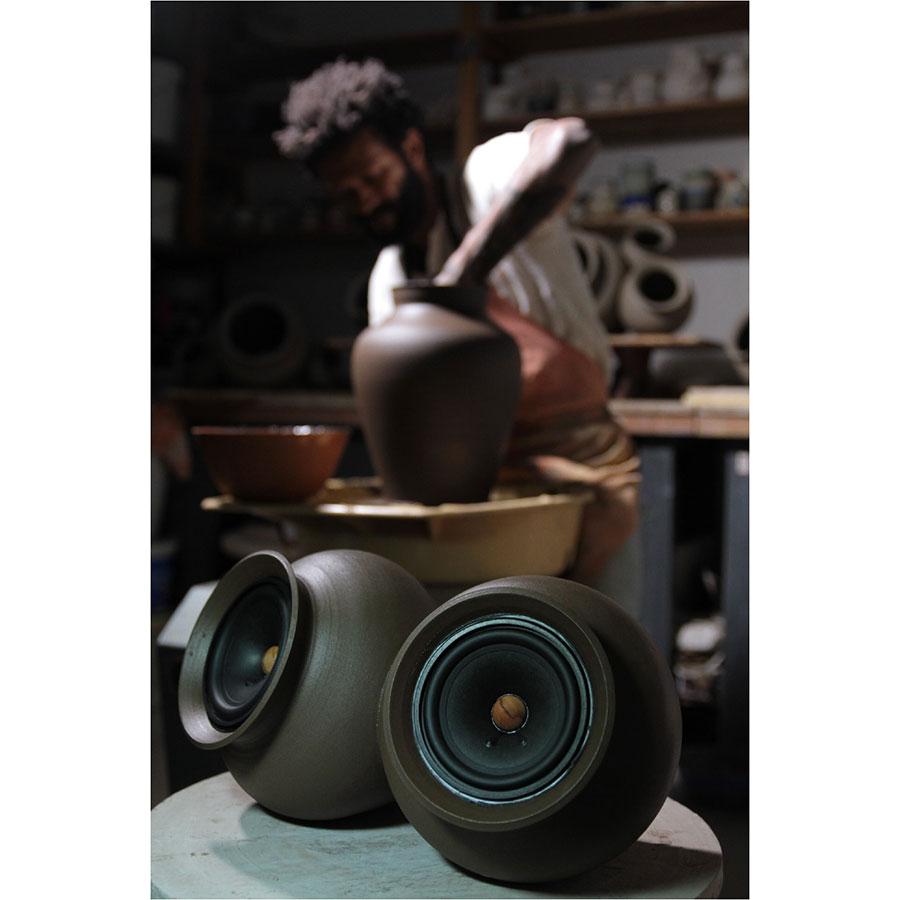 Ceramics casse acustiche in terracotta del designer - Casse acustiche design ...